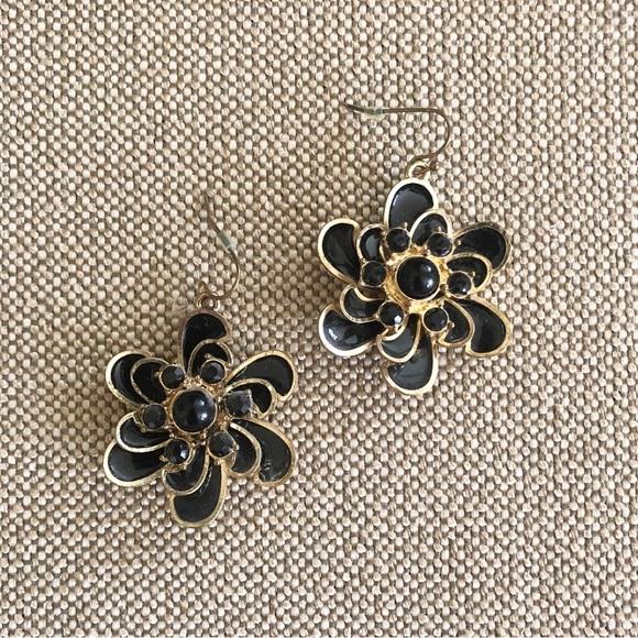 Jewelry - Floral Black Enamel Earrings